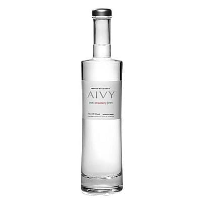 Aivy White by None